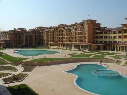 http://www.ofertabileteavion.ro/resize_pic/cache/800x500/fc/pub/fisiere/extern/erp/fisiere/activtours/2012/12/04/camera-complex-magic-dreams-apartments-1.jpg