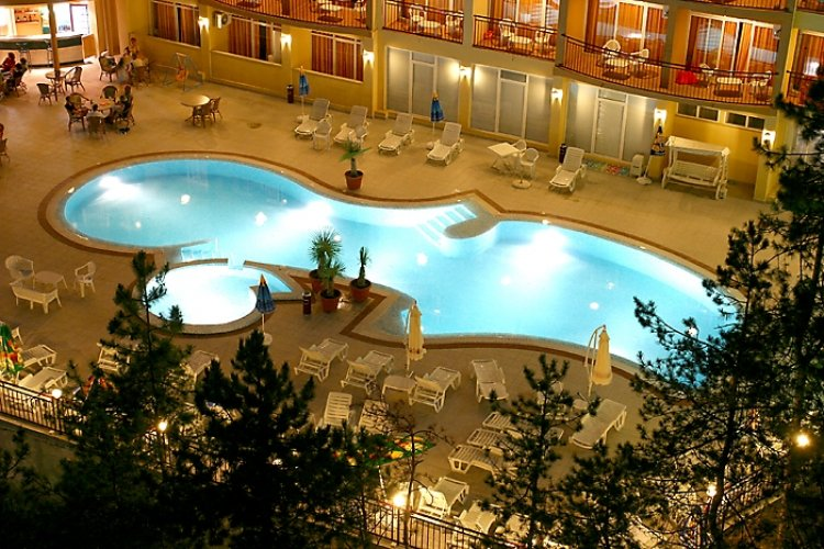 LUNA HOTEL 4*