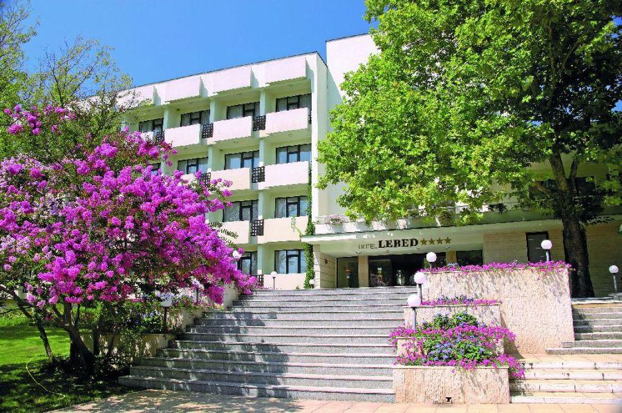 752_1231650810_Hotel_Lebed_4_stele____All_Inclusive_Premium