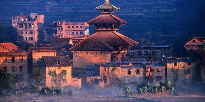 "NEPAL– TIBET- BHUTAN CIRCUIT PE ""ACOPERISUL LUMII"""